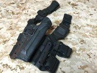 実物放出品 BHI CQC M9(M92F)用レッグホルスター黒 右利き用